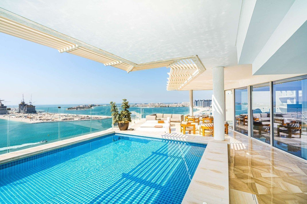 Private Pool Palm Penthouse
