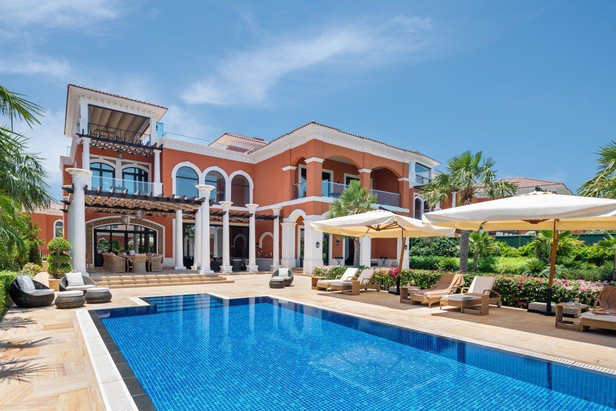 Royal Club Villa